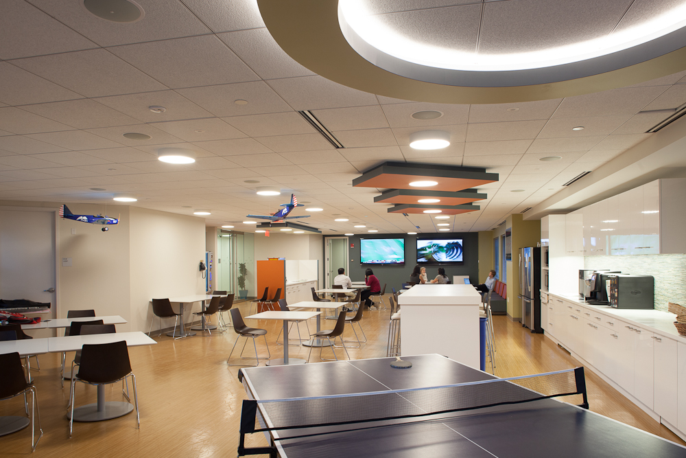 We placed a ping pong table in the kitchen of our Pegasystems space. Image © Neil Alexander for Visnick & Caulfield