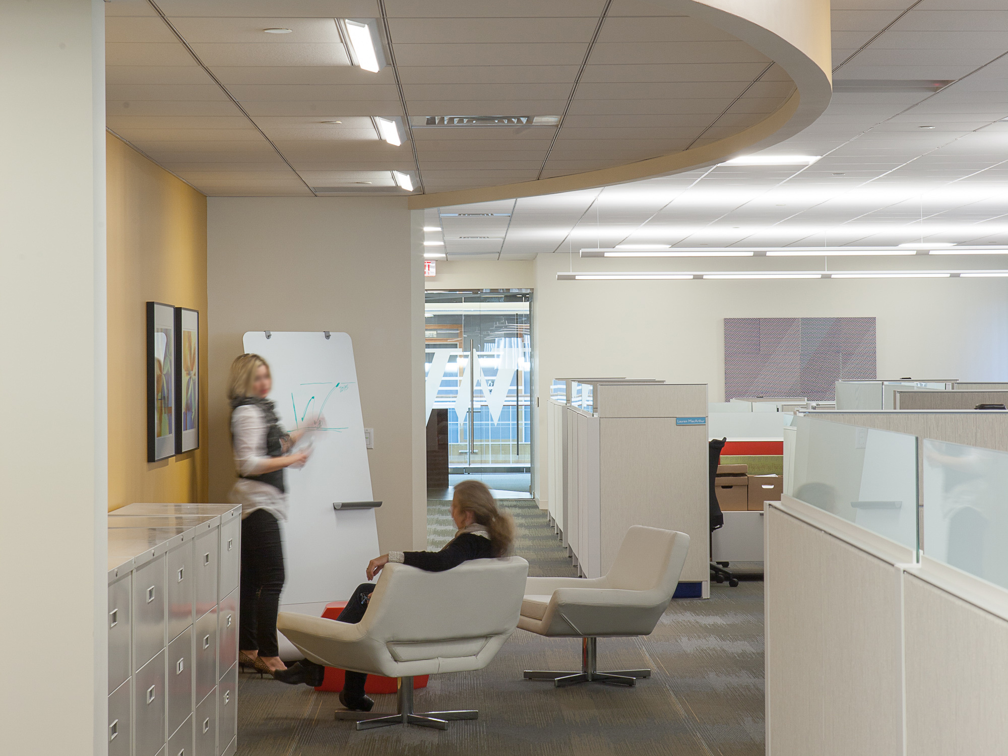 A cozy collaborative area in our Winter Wyman space. Image © Neil Alexander for Visnick & Caulfield