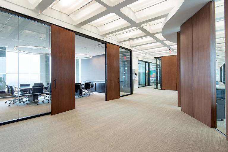 ... Ceilings In The Building; Adding Full Height Glass Office Fronts And  Side Walls Helps To Capture The Exceptional Views Of Bostonu0027s Urban  Landscape.